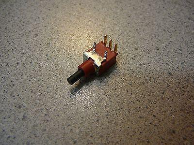 Ck Sealed Tiny Pushbutton Switch Spdt 0.4va Acdc 20v New Qty.1