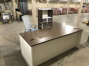 ONE LEFT! Great condition L-desk!