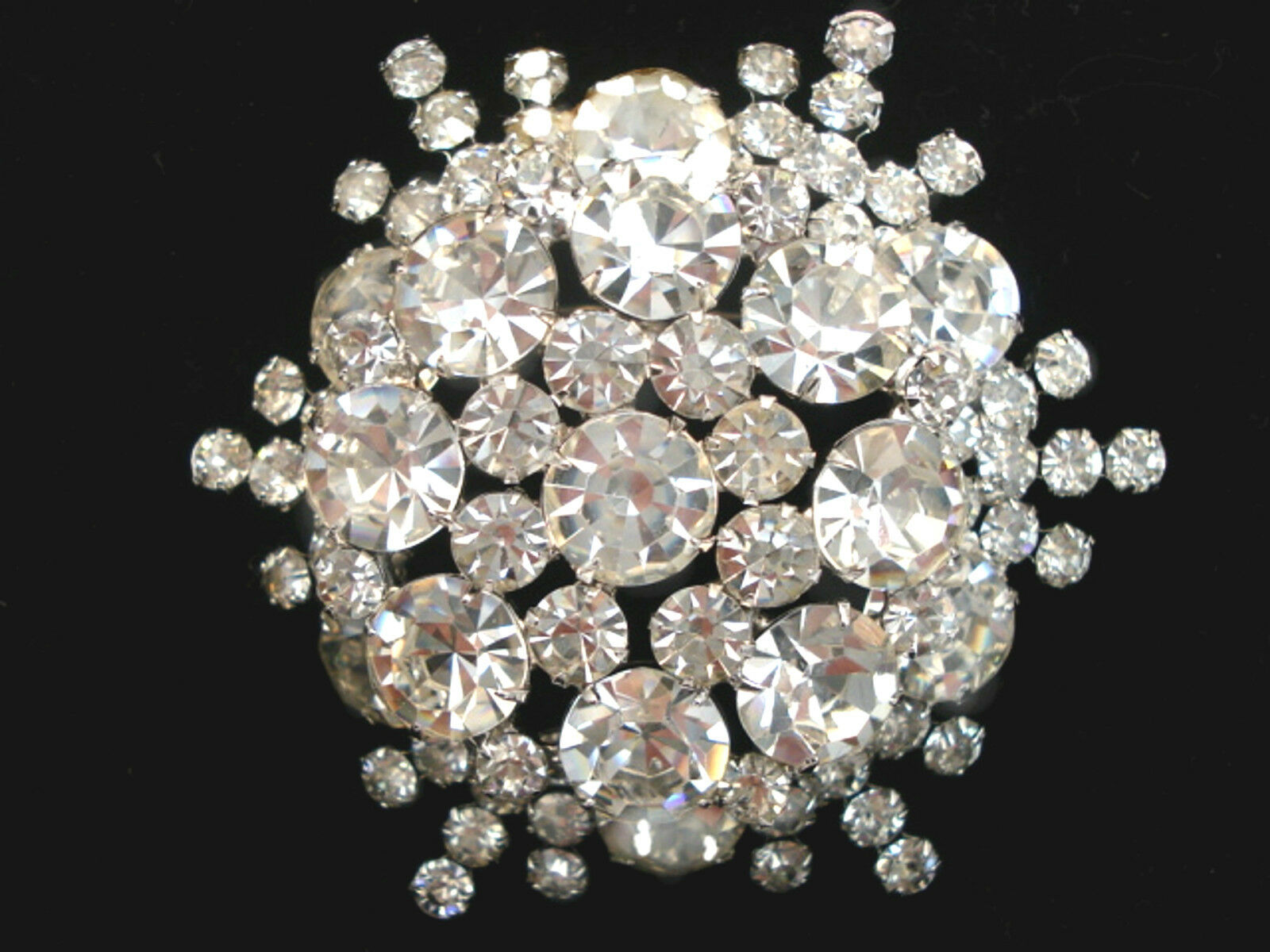 rhinestone jewelry clear a product on brooch setting silver vintage elegant tone