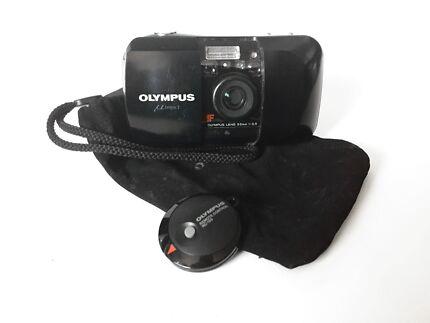 Olympus Mju I 35mm f3.5 - Black w/ Remote