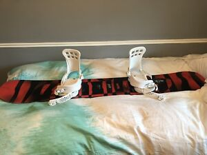 Mint Condition Capita Horrorscope Snowboard and gear
