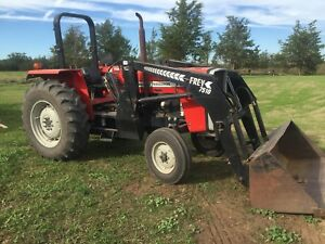 Massey 271XE with loader