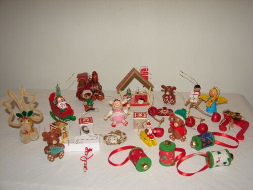 Vintage Wooden Wood Ornaments Kitsch Christmas Decorations Huge Lot 26 pc