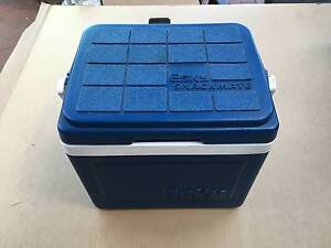 ESKY SNACKMATE COOLER BOX Wyndham Vale Wyndham Area Preview