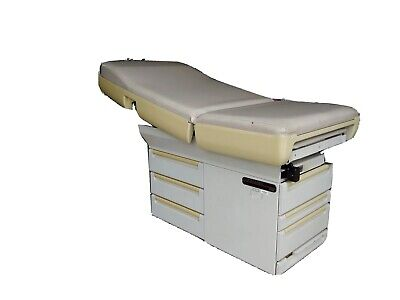 Midmark 404 Examination Table. Medical Exam Table With Stirrups