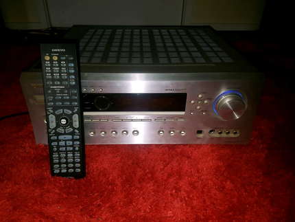 》Onkyo 7.1 receiver / remote / 100w