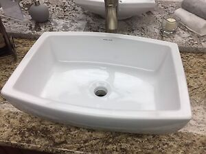 Ceramic Bathroom Vessel Sinks