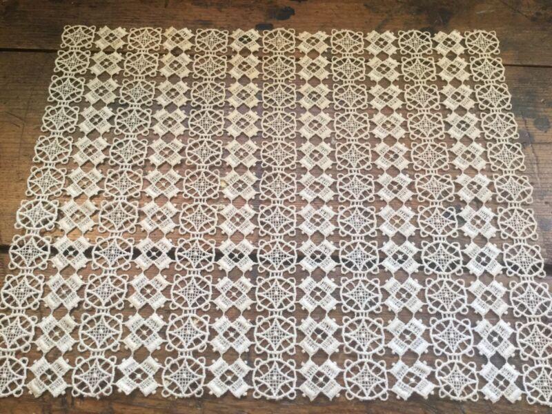 Antique Vintage Edwardian Ecru Crocheted Lace Table Runner Doily Geometric Motif