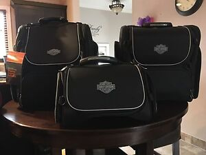 Authentic Harley Davidson luggage black and grey Sarnia Sarnia Area image 5
