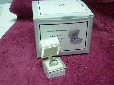 PHB MIDWEST ENGAGEMENT RING BOX TRINKET BOX  W/ REMOVABLE FAUX DIAMOND RING