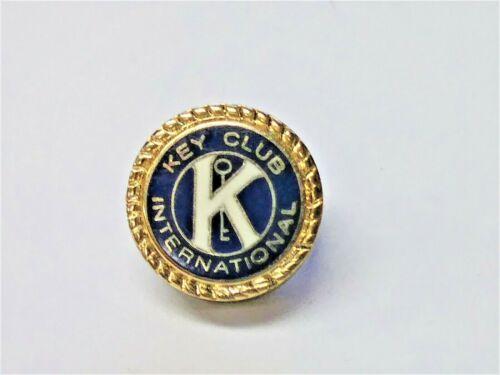 Key Club International Round Gold Tone Enamel Membership Lapel Pin Kiwanis