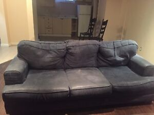 Couch for sale need gone by Friday