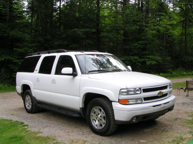 2005 chevy suburban z71 4x4 navagation dvd sunroof quad seats 3rd seat clean used chevrolet. Black Bedroom Furniture Sets. Home Design Ideas