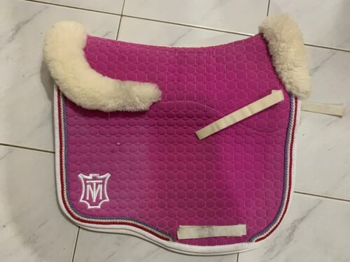 MATTES EUROFIT DRESSAGE PINK SADDLE CLOTH WITH FLEECE ON FRONT, REAR AND BOTTOM