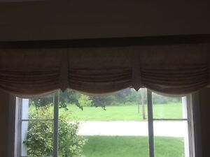 Window valance and cutains