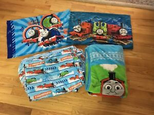 Thomas the train bedding set (double bed)