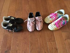 Girls soccer cleats shoes
