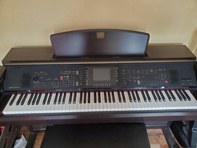 Used Yamaha Cvp-305 Keyboard Workstation