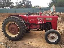 Tractors and workshop equipment for sale Mannum Mid Murray Preview