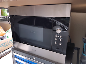 Microwave in excellent condition. Bossley Park Fairfield Area Preview