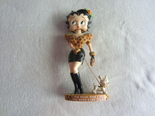 2006 King Features:  8 1/2 Inch Bobble-Head Betty Boop Walking Pudgy Figure