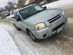 Nissan pick up 4 cylinder Priced to sell drives great