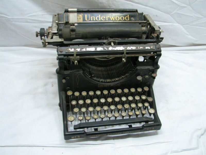 Underwood No. 5 Antique Typewriter Standard Mechanical Writing Machine Age