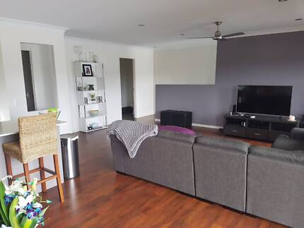 2 bedrooms for rent in Southport home.
