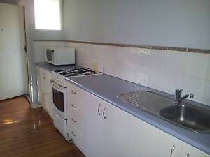 PET FRIENDLY RENOVATED 1 BEDROOM APARTMENT IN NEW LAMBTON HEIGHTS New Lambton Heights Newcastle Area Preview
