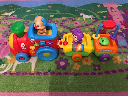 Fisher-Price Laugh & Learn Smart Stages Train