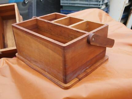 Davis / Waddel cuttlery condiment BBQ caddy timber excellent cond
