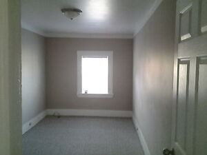 2 bedroom Central Apartment available  Immediately Peterborough Peterborough Area image 3
