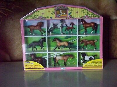 Breyer Stablemates Horse Lover's Collection. #5412 with free coloring book