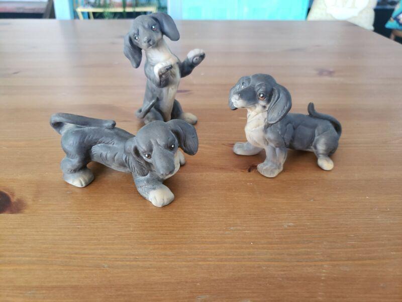 Vintage Porcelain Ceramic Dachshund Weiner Dog Figurines (3) - Made In Taiwan