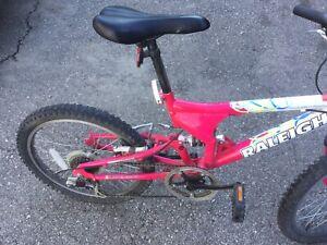 """Raleigh girls bike. 20"""" wheels"""