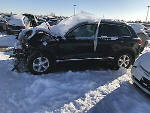 Damaged 2012 Volkswagen Touareg TDI (Salvage)