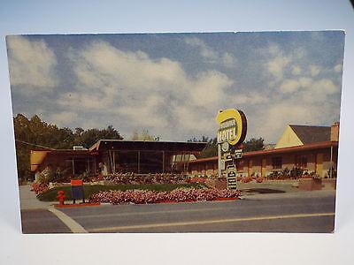 Vintage 1960's MOUNTAIR Motel City Center Richfield UT Utah Postcard