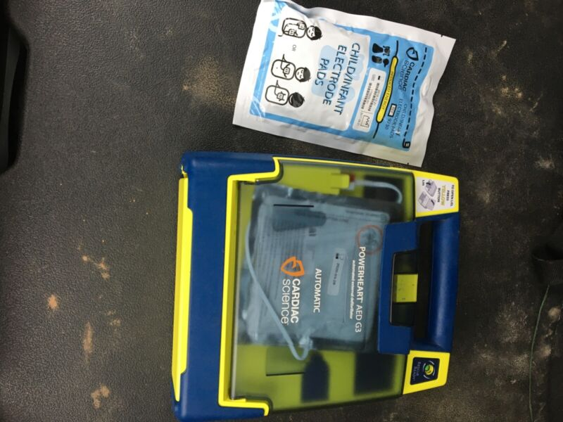 Cardiac SCIENCE PowerHeart G3 AED Defibrillator W/ Battery with Cable