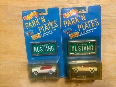 2 Hot Wheels 1:64 Park'n Plates 1965 '65 Mustang Convertible License Plate New