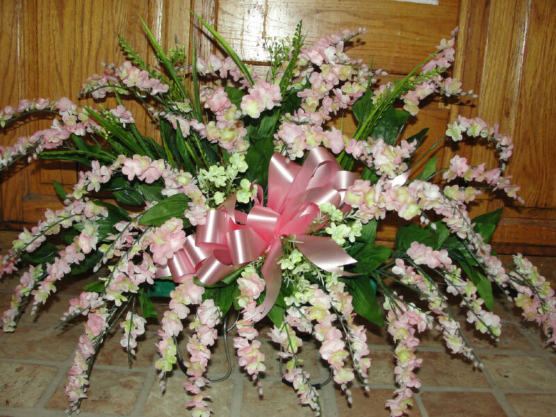 Mothers Day Grave Memorial Flowers Pink Wisteria Vary Cemetery Tombstone Saddles