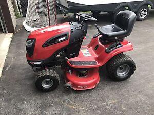 Tracteur à pelouse 24 forces
