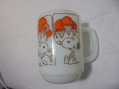 Vintage Snoopy Coffee Cup FireKing Anchor Hocking 1958  Dream Treats Peanuts Mug