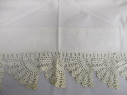 """ANTIQUE WHITE LINEN FLAT BED SHEET with HAND CROCHET TOP EDGE 90"""" WIDE x 96"""""""