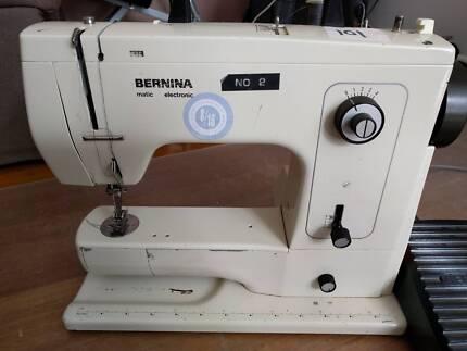 Bernina 802 Sewing machine