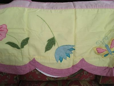 BRAND NEW YELLOW PINK MAUVE SCALLOPED VALANCE BUTTERFLIES FLOWERS 70'' X 18'' for sale  Auburn