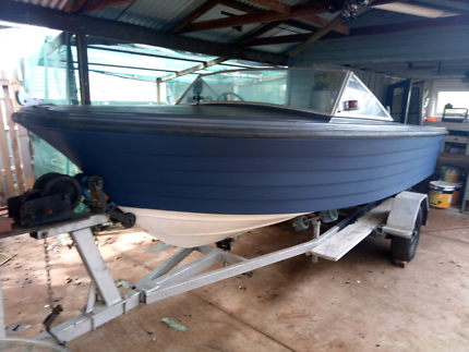 14 ft Savage boat 70hp Evenrude in real good Nick