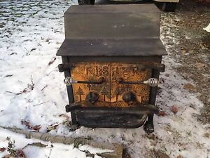 WOOD STOVE - EXCELLENT  CONDITION
