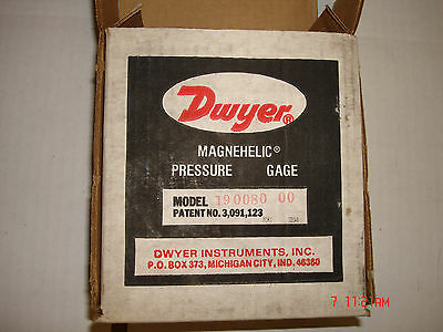 Dwyer Magnehelic Differential Pressure Guage Model 190080-00