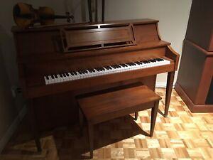 Piano Gerhard Heintzmsn
