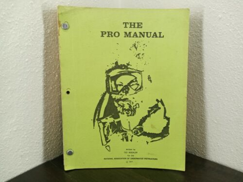 Vintage 1977 National Association Of Underwater Instructor Manual